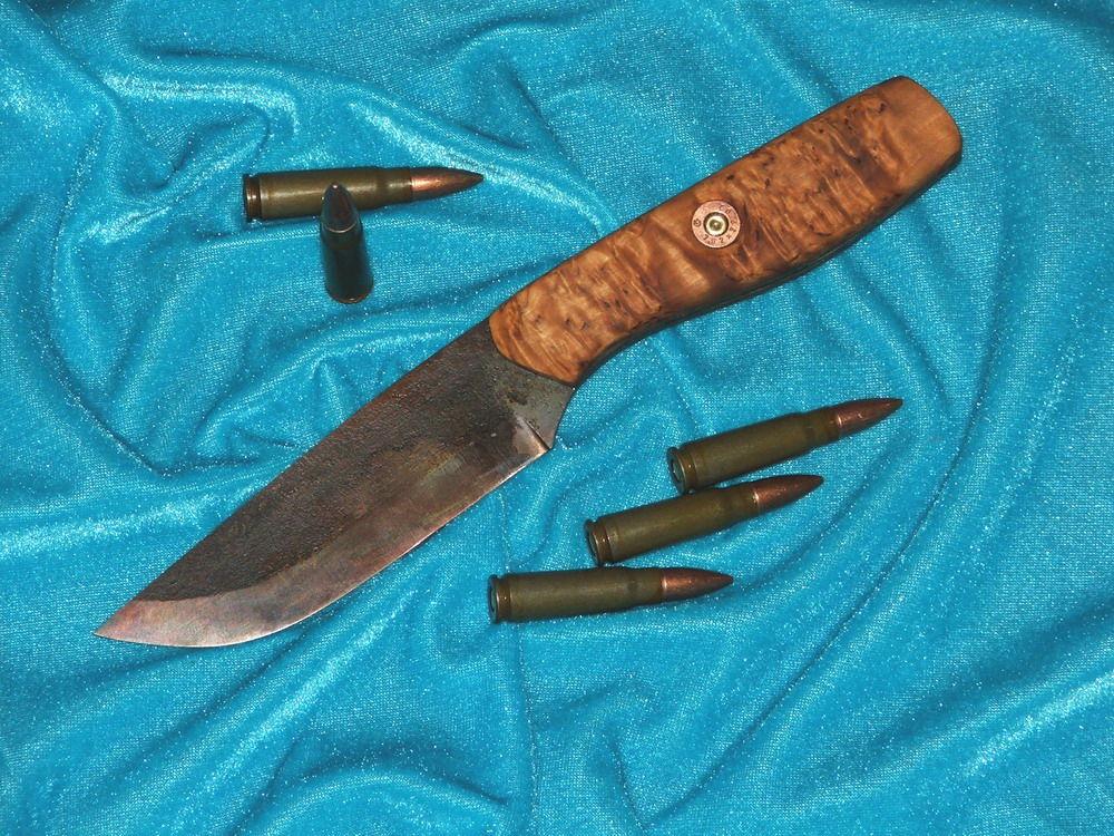 Нож, изготовленный из пилы