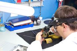 Ремонт лазерного нивелира в мастерской