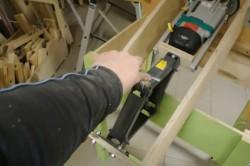 Процесс изготовления подъемника для ручного фрезера